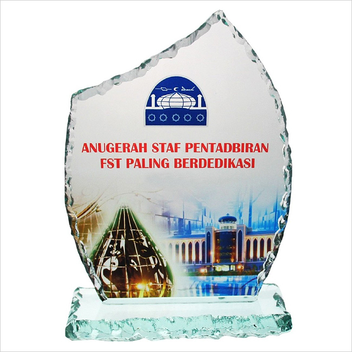 8131 - Exclusive Crystal Glass Awards