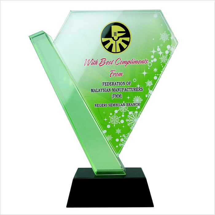 8167 - Exclusive Crystal Glass Awards
