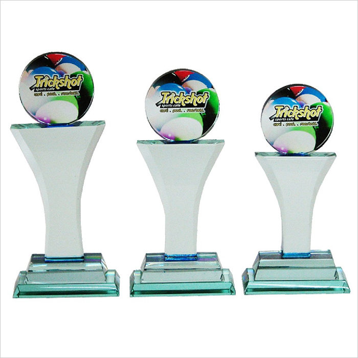 8110 - Exclusive Crystal Glass Awards