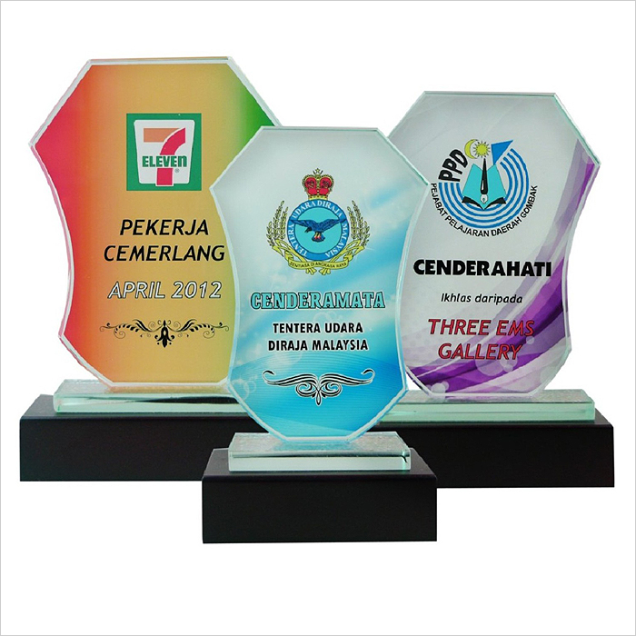 8171 - Exclusive Crystal Glass Awards