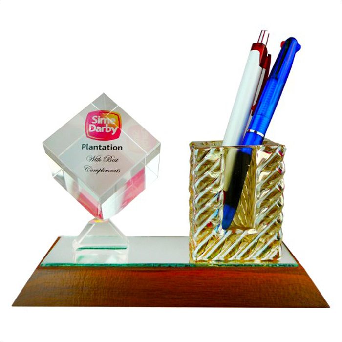 8179 - Crystal Pen Holder & Crystal Paper Weight